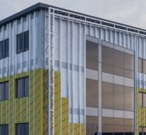 Systemy fasadowe zpłyt warstwowych