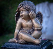 Wybór pomnika nagrób bliskich – trudna decyzja