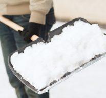 Zadaszenie awarunki pogodowe – odśnieżanie hali stalowej