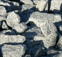 Zanim kamień przeistoczy się wcmentarny pomnik