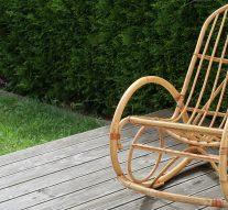 Wiklinowy fotel bujany – czywarto go mieć?